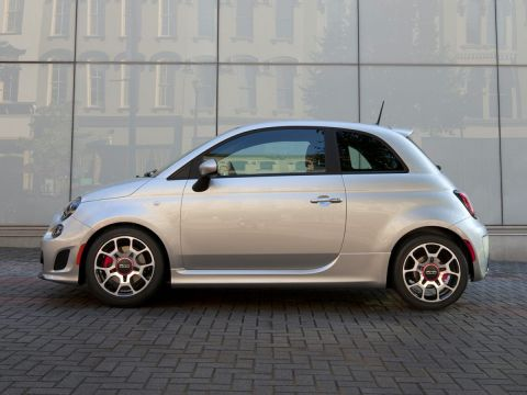 New 2019 FIAT 500 Pop With Navigation
