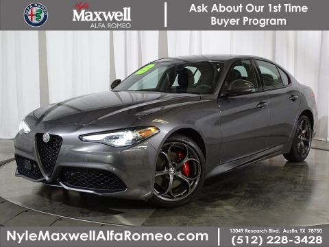 Pre-Owned 2019 Alfa Romeo Giulia Ti Sport Carbon With Navigation & AWD